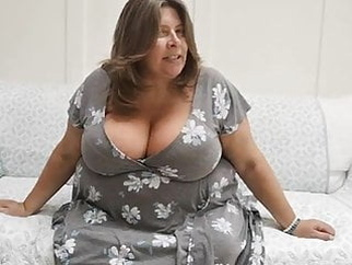 SBB - adoreable mom amateur bbw tits video