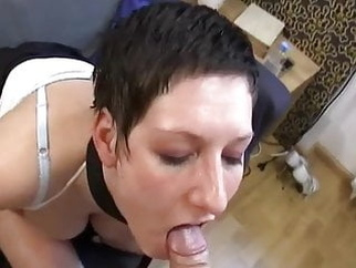 Beim telefonieren gefickt blowjob german cum in mouth video