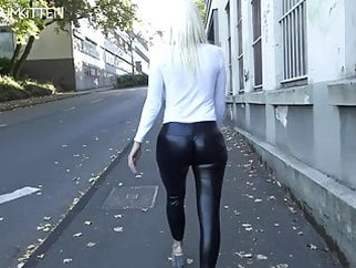 Lara CumKitten - SPERMAWALK AND LEGGINGSWALK amateur blonde blowjob video