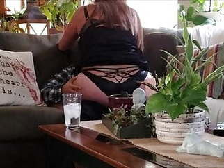 Mommy's young boy toy comes over to fuck my brains out. amateur mature milf video