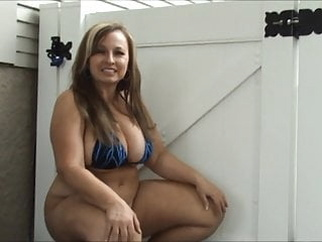 thick milf bbw hairy flashing video
