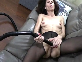 Slut Likes the vacuum cleaner masturbation mature straight video