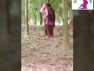 Desi school girl romance teen indian kissing video